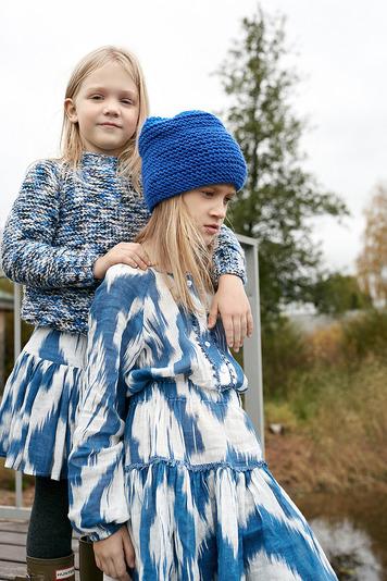 Платье-туника из льна бело-синяя на девочку
