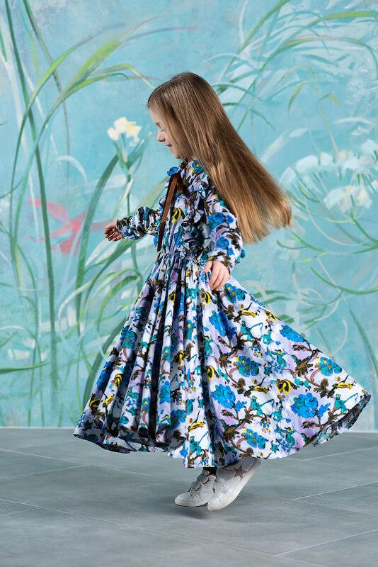 Детское платье c цветами серо-сиреневое