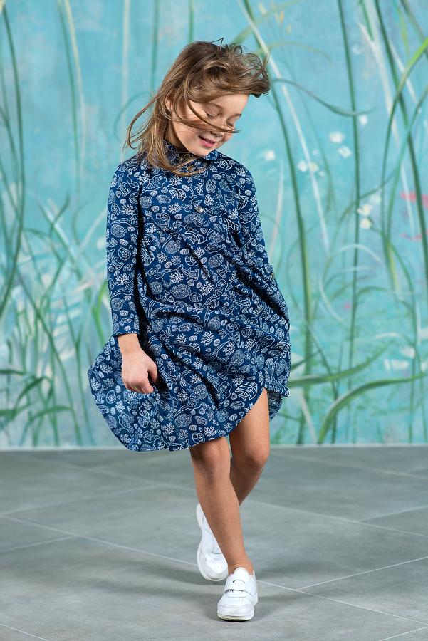 Синее детское платье-рубашка для девочки принтованное с морскими обитателями 2020 1