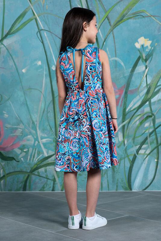 Детское платье c цветами с открытой спиной из принтованной вискозы с декором на плечах 2021 1
