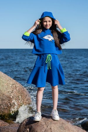 """Синяя детская толстовка для девочки с аппликацией """"Скат"""""""
