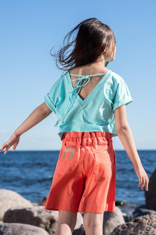 Красные детские шорты для девочки