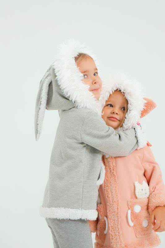 """Детский розовый костюм для девочки с мехом """"Котенок"""" 2021 1"""