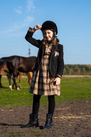Черный замшевый детский жакет для девочки, с нашивкой
