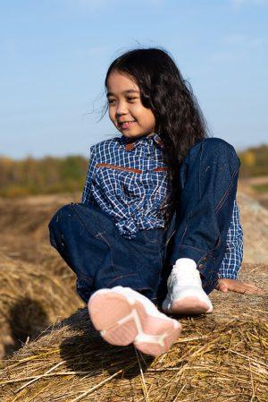 Детская рубашка-блузка для девочки, в мелкую клетку с декором на воротнике