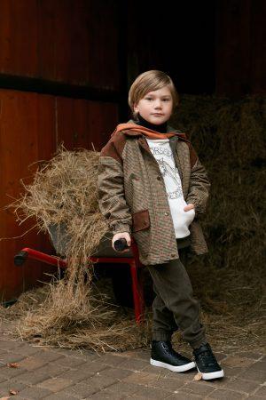 Детская куртка в клетку для мальчика, с вельветовыми вставками