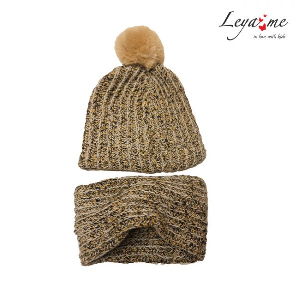 Комплект: шарф-снуд и детская шапка с помпоном для девочки
