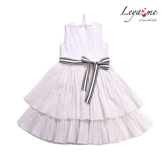 Платье белое с воланами и открытой спиной на девочку