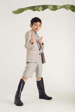 Пиджак детский бежевый на мальчика