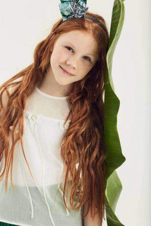Белый топ детский с цветами на девочку