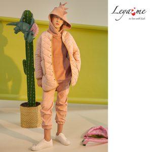 Удлиненная стеганая весенняя пыльно-розовая детская куртка для девочки