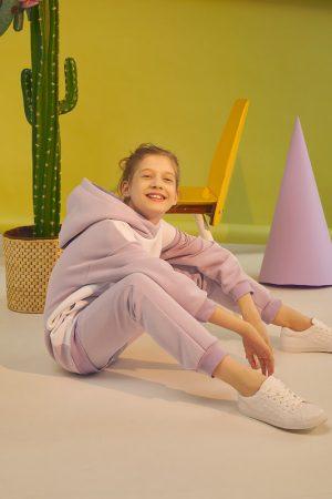Лавандовый теплый детский спортивный костюм для девочки, с принтом на рукаве