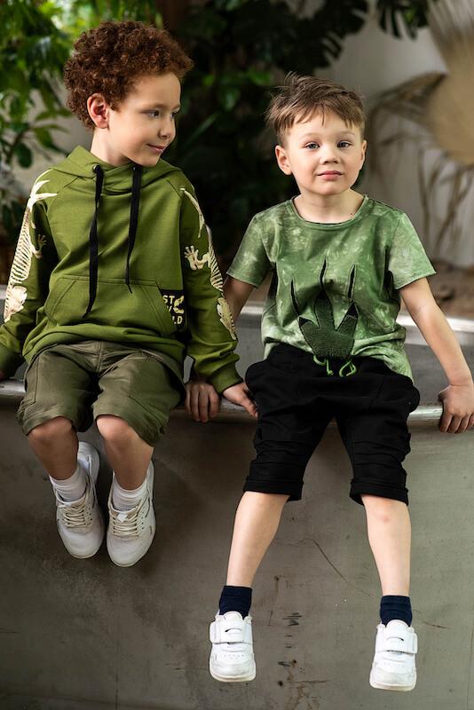 Детский худи цвета хаки для мальчика с принтом на рукавах