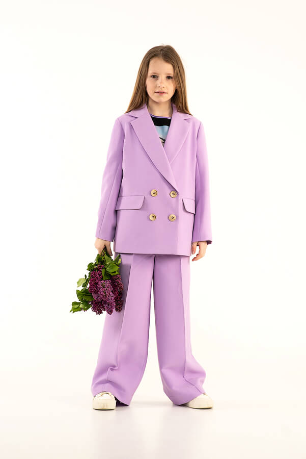 Двубортный сиреневый детский жакет с карманами для девочки