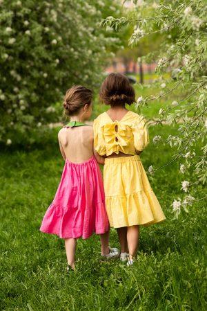 Желтый детский топ-блузка для девочки, из шитья с рукавами-фонариками и бантами на спине