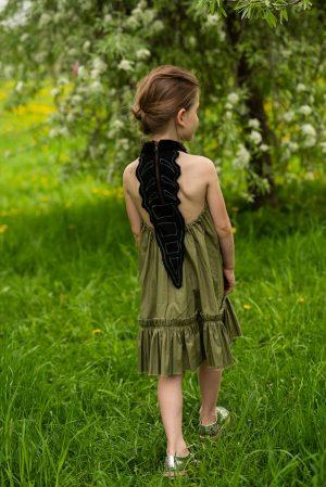 """Летний детский сарафан для девочки, цвета хаки с аппликацией """"Гребень динозавра"""""""