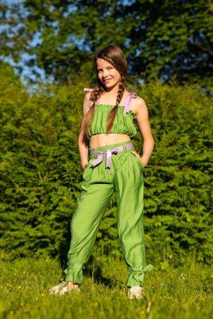Укороченный летний детский топ для девочки, с драпировкой и контрастными лямками
