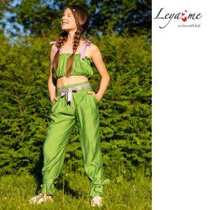 Зеленые летние детские брюки для девочки из лёгкой вискозы