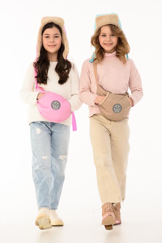 Детская поясная сумка-муфта бежевая