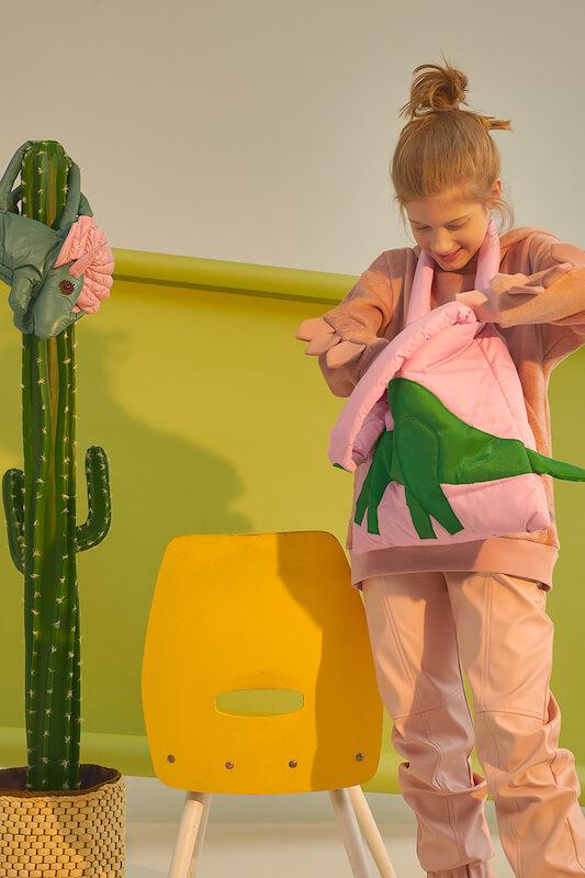 Сумка стеганая для ноута с аппликацией Динозавр