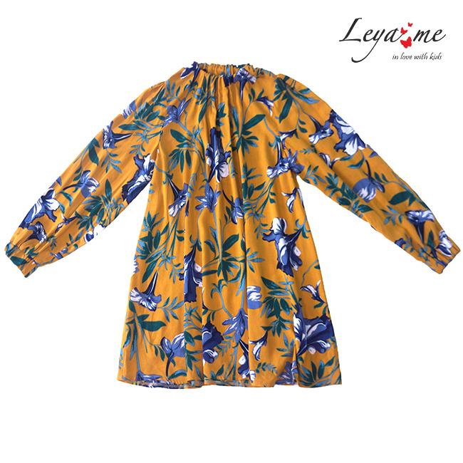 Желтое детское платье с цветочным принтом