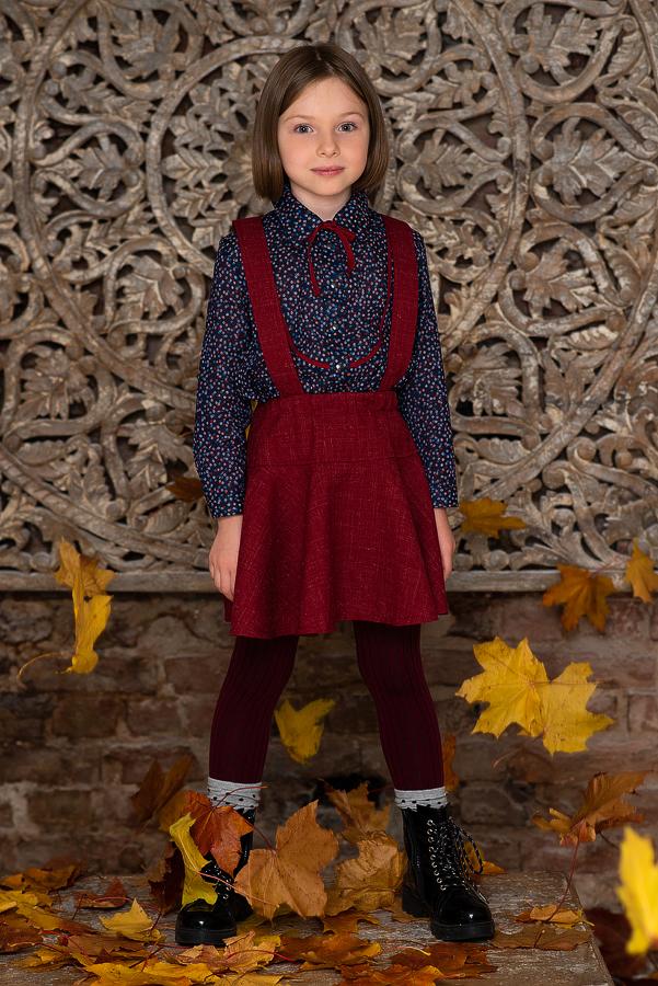 Блузка для девочки синяя с цветочным принтом и кокеткой