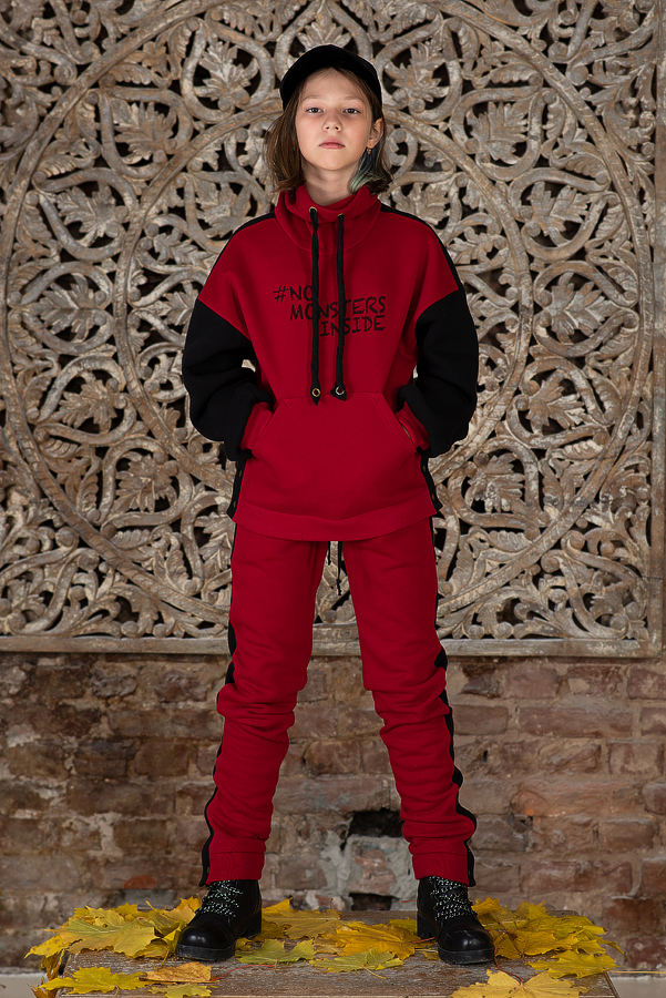 Утепленные детские брюки красные с лампасами
