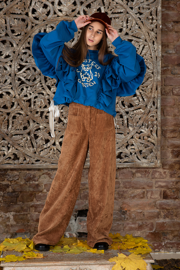 Свитшот для девочки синий с воланами и принтом