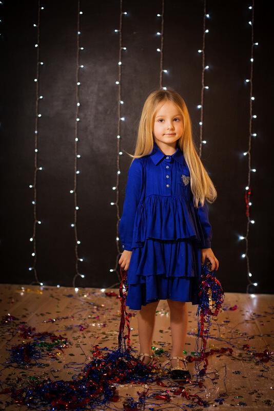 Платье-рубашка детское ярко-синее с воланами и сердечком 2020 1