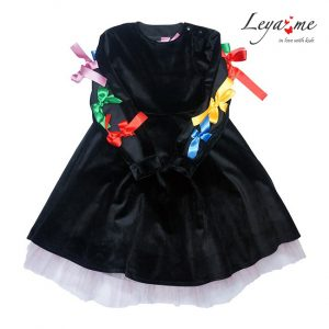 Платье детское из черного бархата с подъюбником, бантами на рукавах и спине