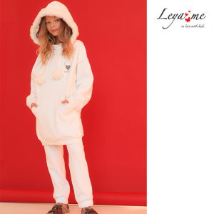 Нарядный белый детский спортивный костюм для девочки