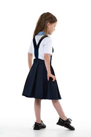 Синий школьный сарафан на лямках с пышной юбкой со складками и игрушкой-брелком в кармане