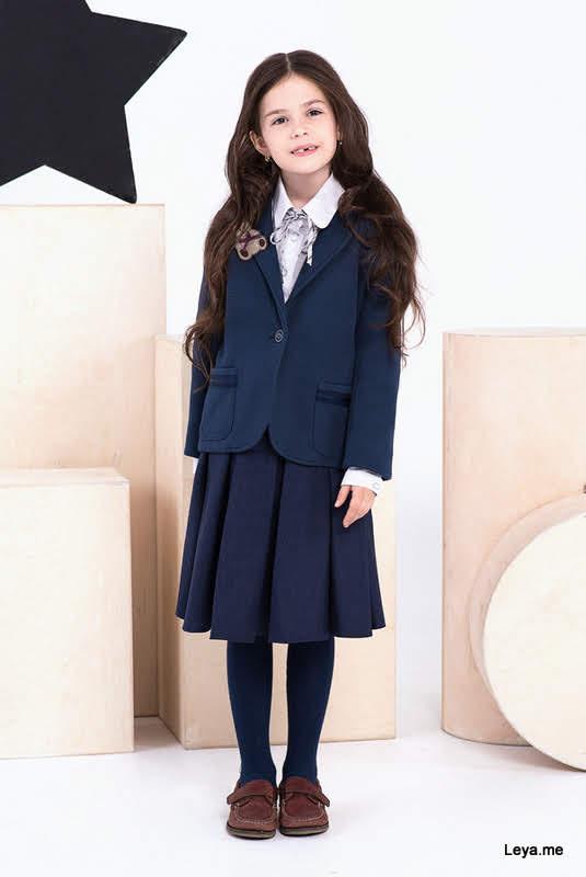 Брошь для школьного платья