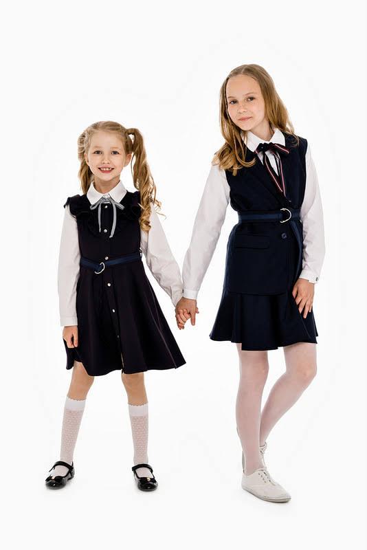 Удлиненный синий школьный жилет для девочки 2020 1
