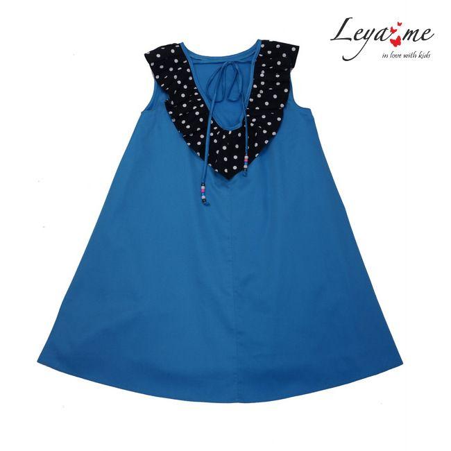 Платье-трапеция голубое с воротником в горошек на девочку 2021 1