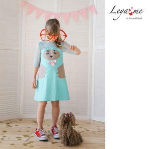 Платье-трапеция с медведем бирюзово-бежевое на девочку