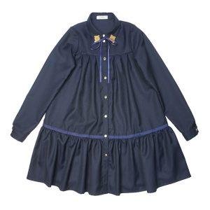 Синее школьное платье-рубашка с оборкой и декором на воротнике