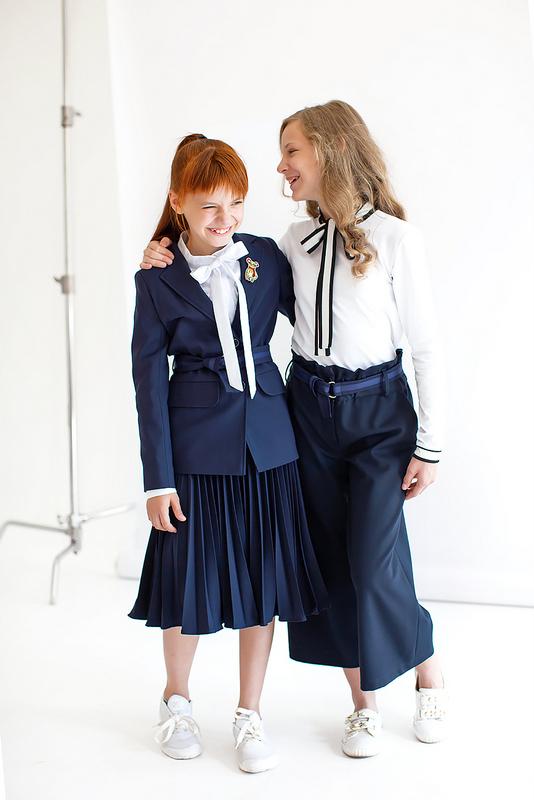 Синяя школьная юбка плиссе миди 2021 1