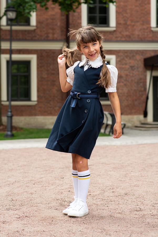 Синий школьный двубортный сарафан для девочки