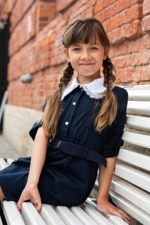 Синее детское школьное платье из плотного трикотажа с кулиской и съемным воротником