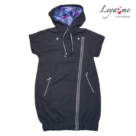 Жилет-косуха для девочки удлиненный черный на молнии с капюшоном