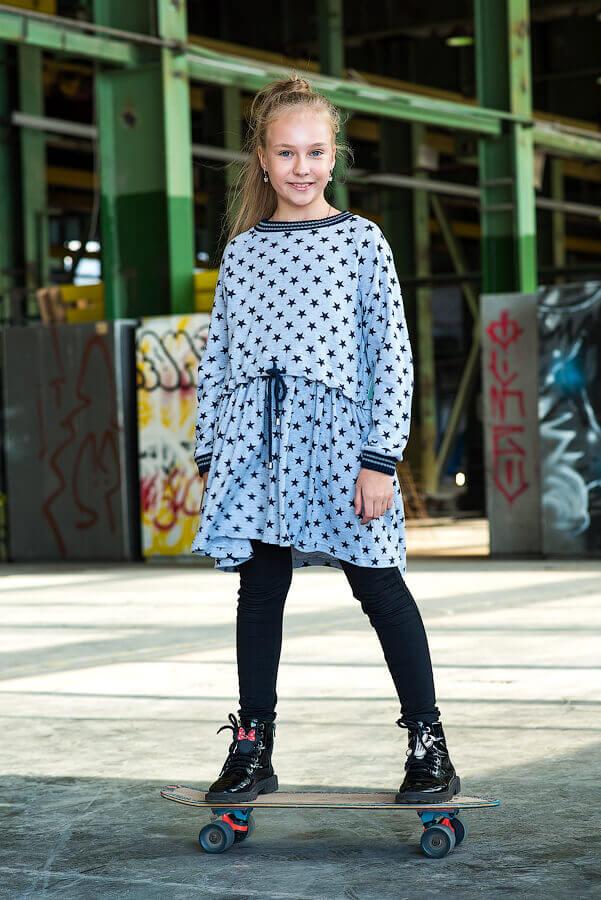 Платье-туника серое принтованное с кулиской на девочку 2020 1