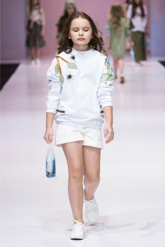 Фото и видео с показа Leya.me на Moscow Fashion Week 2021 30