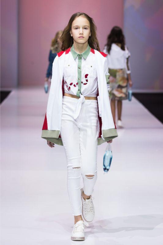 Фото и видео с показа Leya.me на Moscow Fashion Week 2021 26