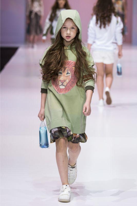 Фото и видео с показа Leya.me на Moscow Fashion Week 2020 31