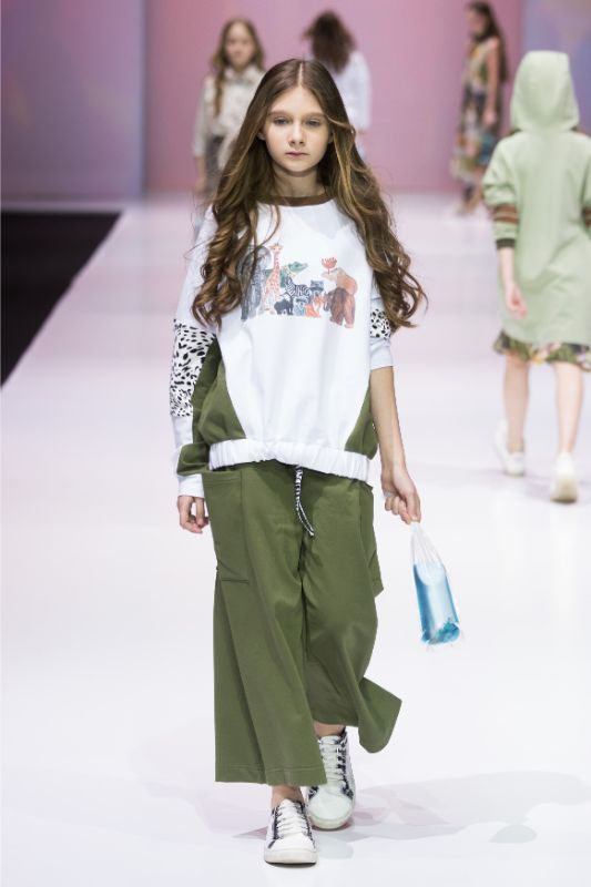 Фото и видео с показа Leya.me на Moscow Fashion Week 2021 32