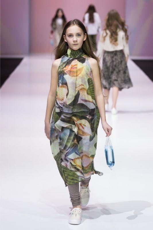 Фото и видео с показа Leya.me на Moscow Fashion Week 2021 2